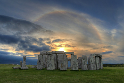 sm stonehenge sun rainbow